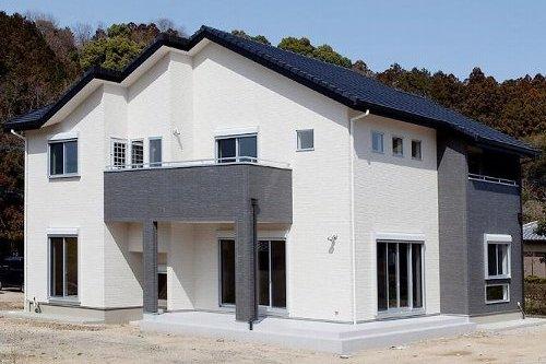 リビングと和室が特徴の家