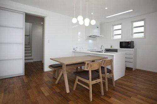 L型キッチンのお家