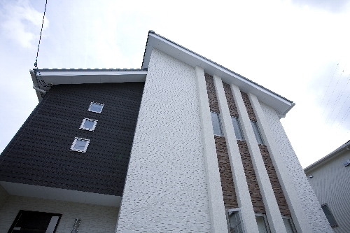 オープンなリビングの家